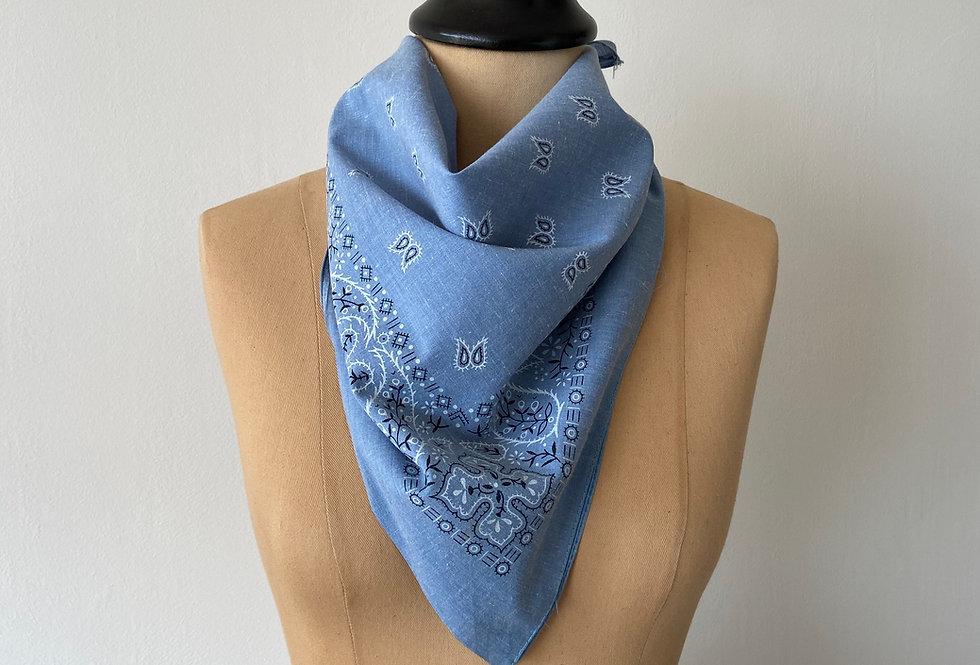 Bandana - paisley baby blue