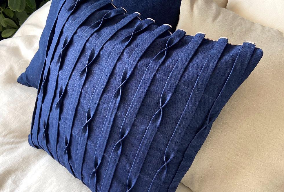 Pillow indigo origami