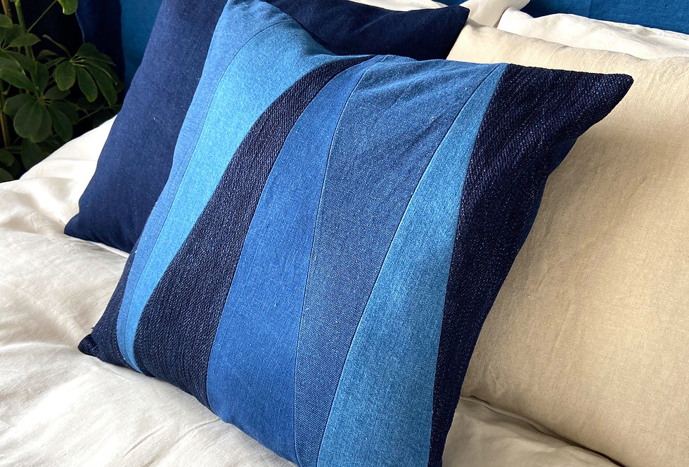 Quilted pillow - Indigo