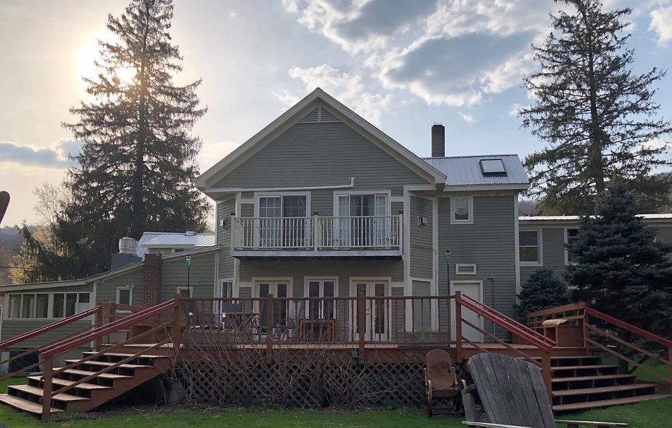 Rear porch 2.jpg