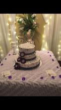 3 tier weddng cake
