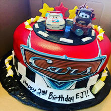 Cars cake fondant