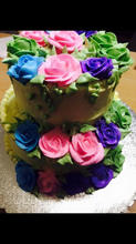 Buttercream 2 tier with roses