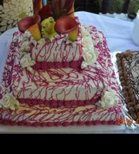3 tier wedding cake buttercream