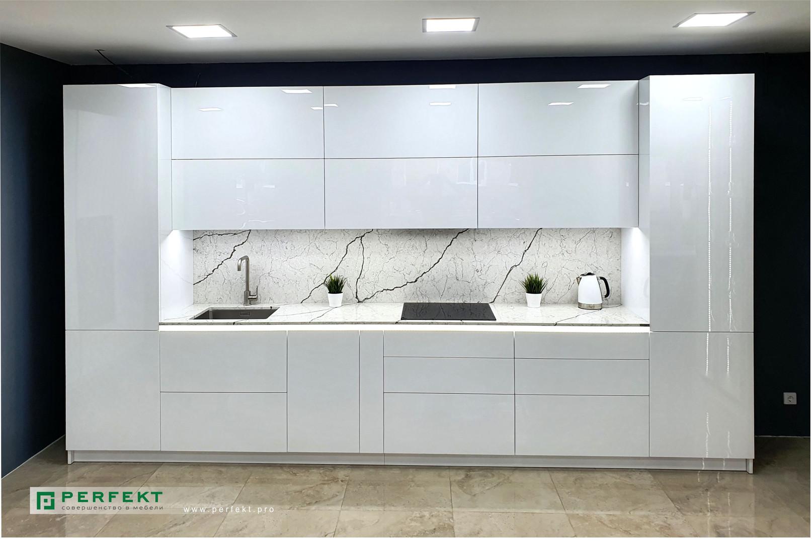 Кухня _ Акрил + Кварц _4,2 м.jpg