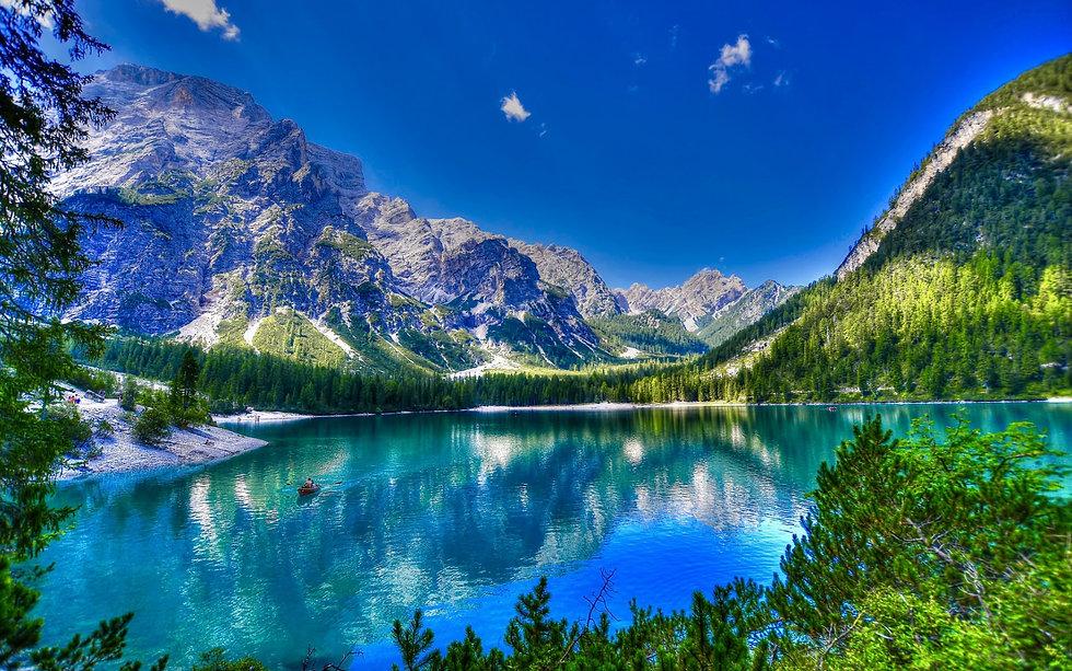 lake-braies-hdr-mountain-lake-south-tyro