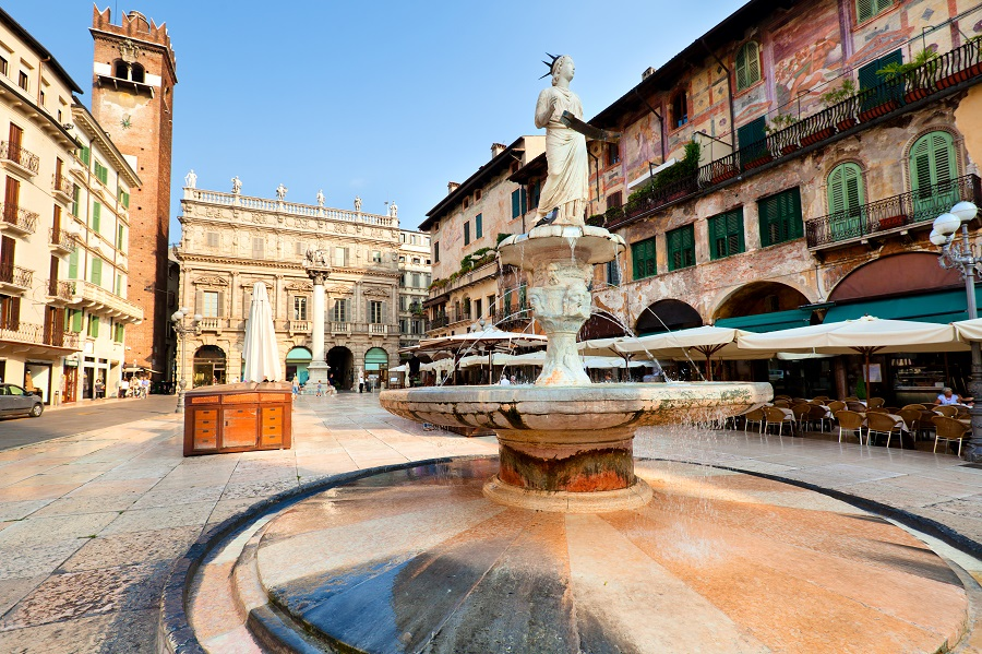 View-of-the-Piazza-delle-Erbe-in-center-of-Verona-city