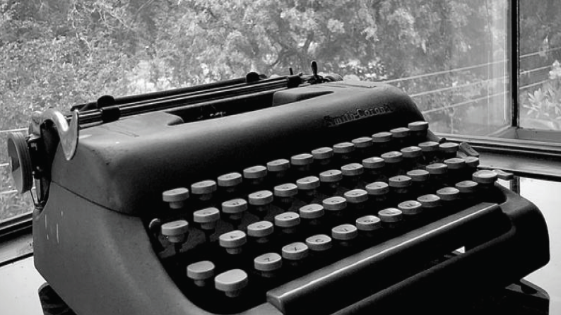 My Typewriter is My Piano [Book]