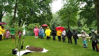 cérémonie_plantation_de_l'arbre2.jpg