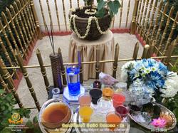 Sath budu vandanawa - Blue flowers