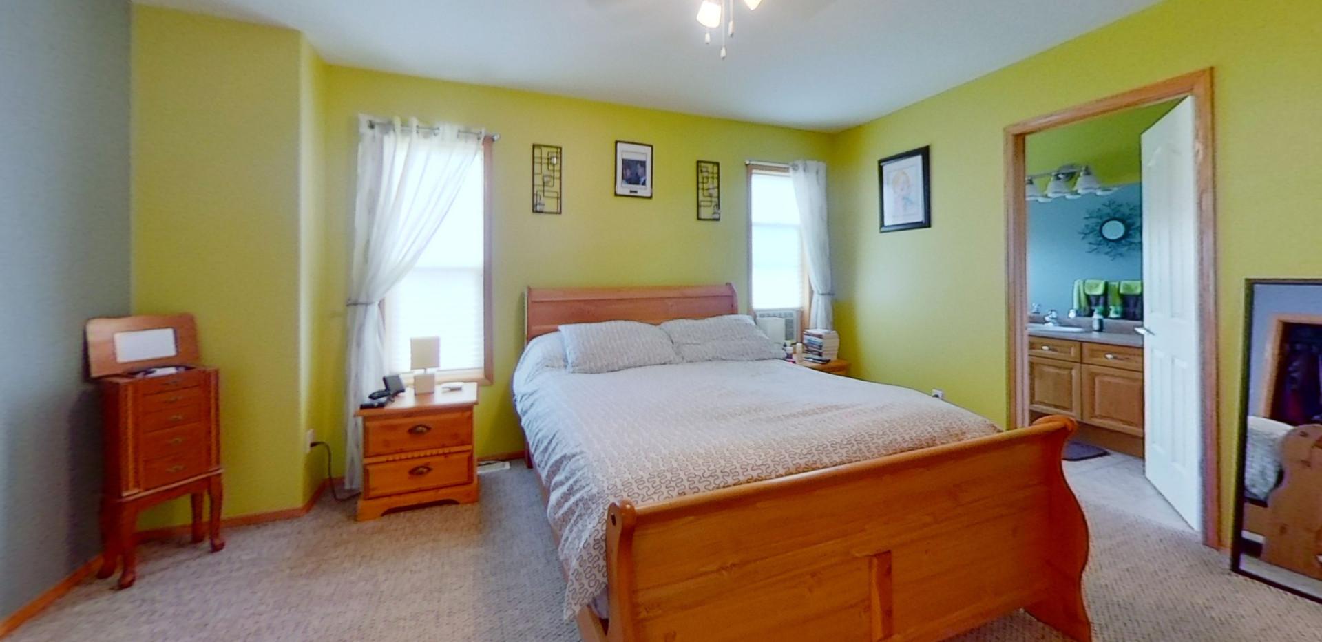 1143-Oakland-Dr-Bedroom.jpg