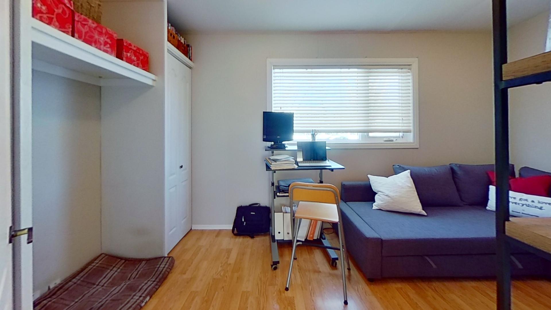 91-Saskatchewan-Ave-Bedroom.jpg