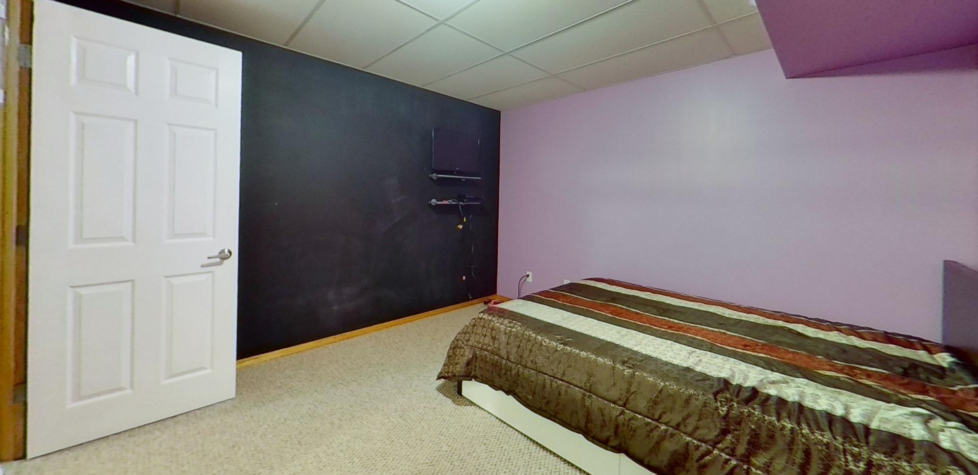 1143-Oakland-Dr-Bedroom-3.jpg