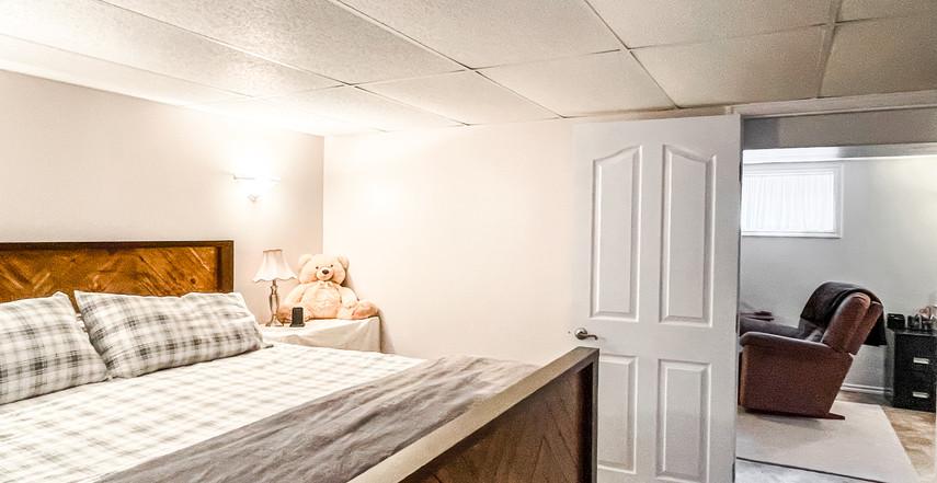 basement bed 2.jpg