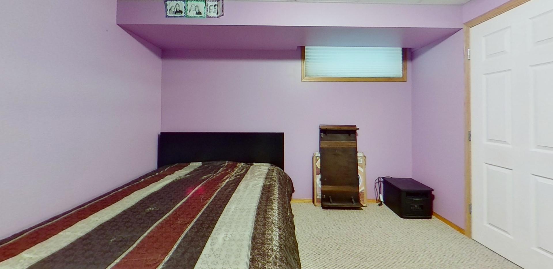 1143-Oakland-Dr-Bedroom-4.jpg
