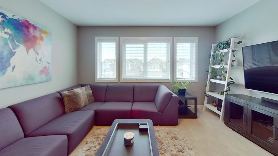2229-Calhoun-Link-SW-Living-Room-2.jpg