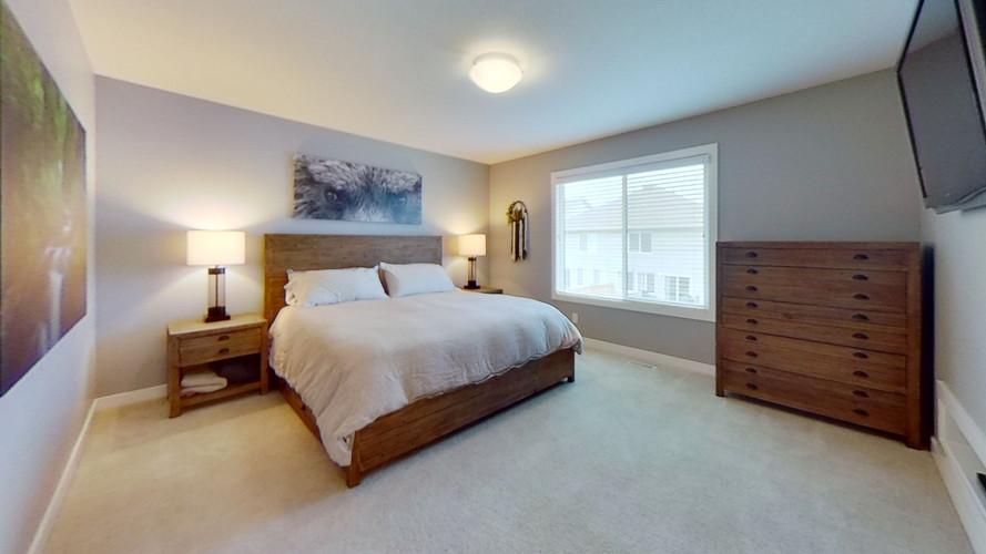 2229-Calhoun-Link-SW-Bedroom.jpg