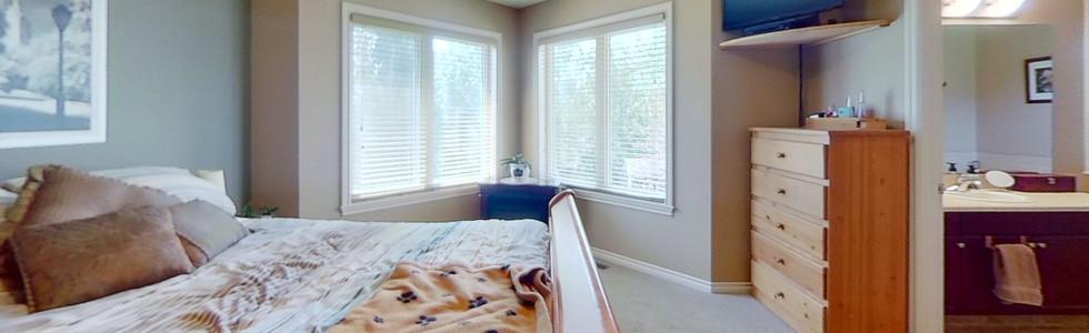 49-Birchwood-Dr-Bedroom-3.jpg
