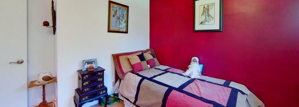 1300-Beachview-Cres-Bedroom-4.jpg