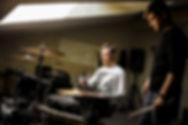 Обучение игре на электрогитаре в стиле рок, метал. Изучение таких техник как свип, тэппинг, легато, вибрато, флажелет (медиаторный, тэппинговый, натуральный)