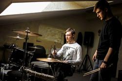 Уроки игры на барабанах - первое зан