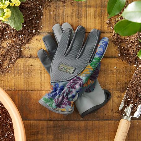 Top 10 gardening must haves!