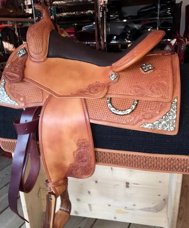 A_Saddle custom3
