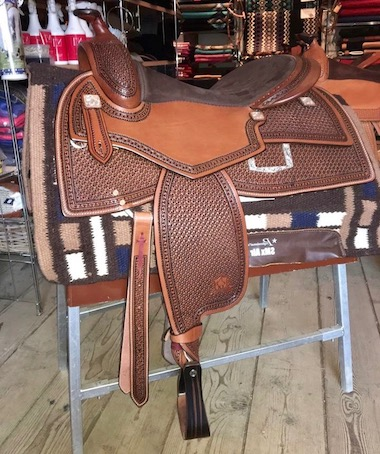 A_Saddle custom