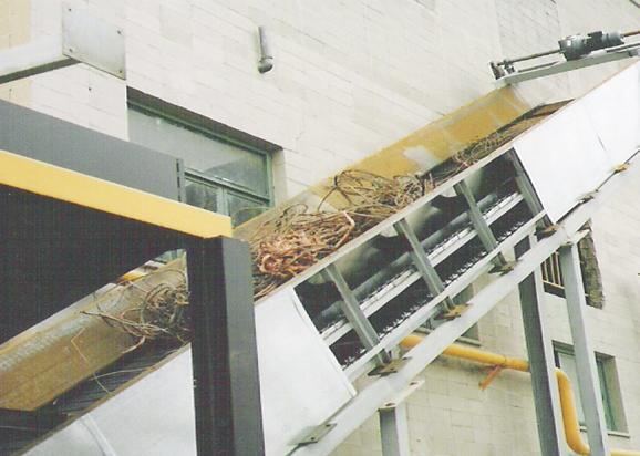 Extractor de chatarra charnelas