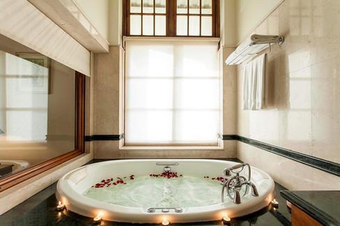 Classical bathroom interior and tub
