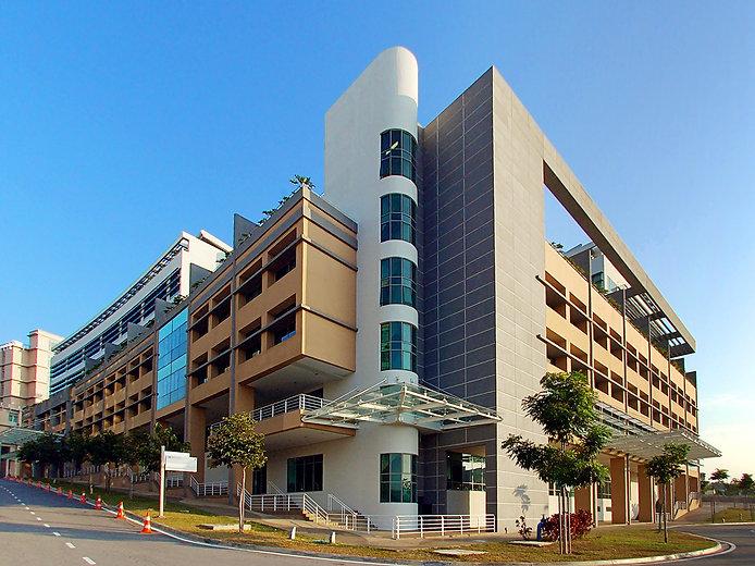 Low Energy Office (LEO) Building