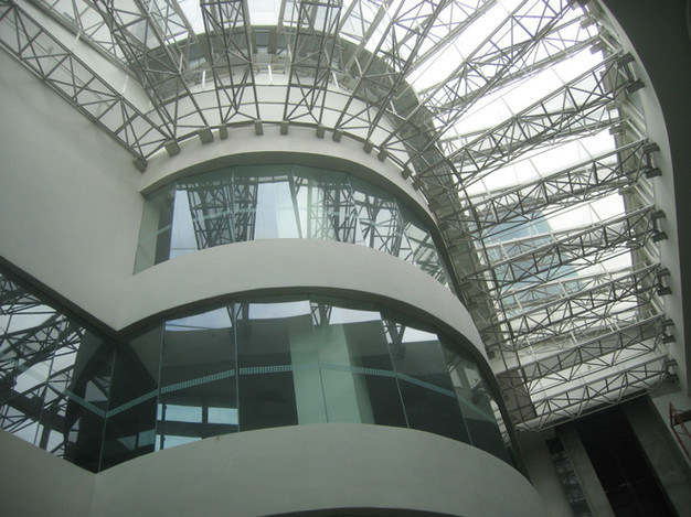 03-atrium-with-opening-to-thermal-flue