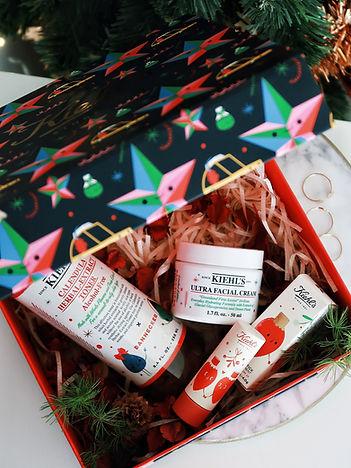 holiday gift_181209_0001.jpg
