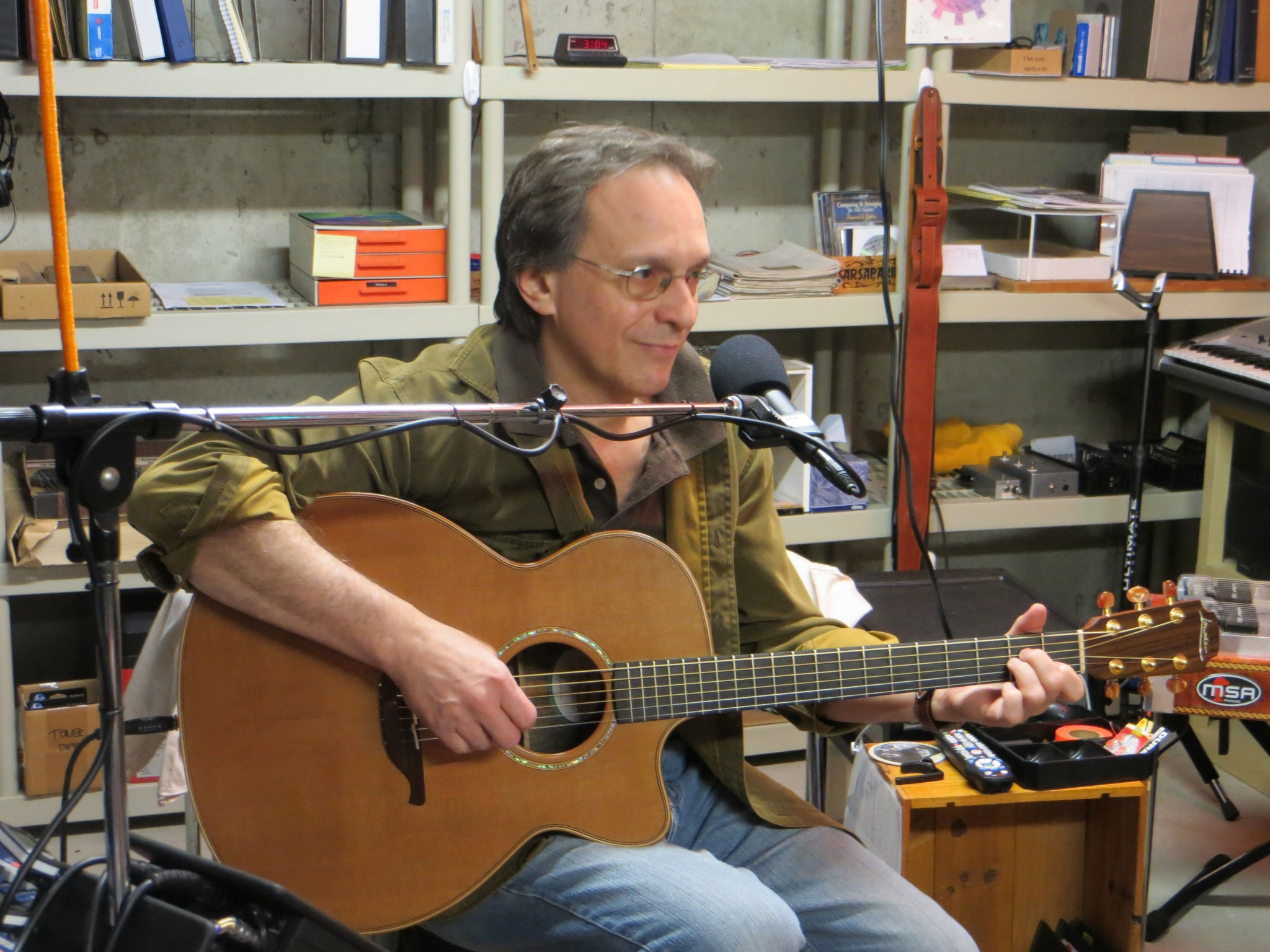 Al in Studio at Mic 10-30-12 IMG_0159.jpg