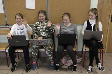 Будущие программистки Яндекс, Гугл, Тинькофф, Вконтакте