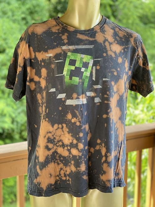 Minecraft tee (M)