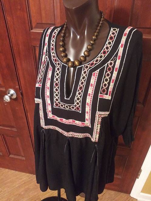 Black boho chic top (M/L)