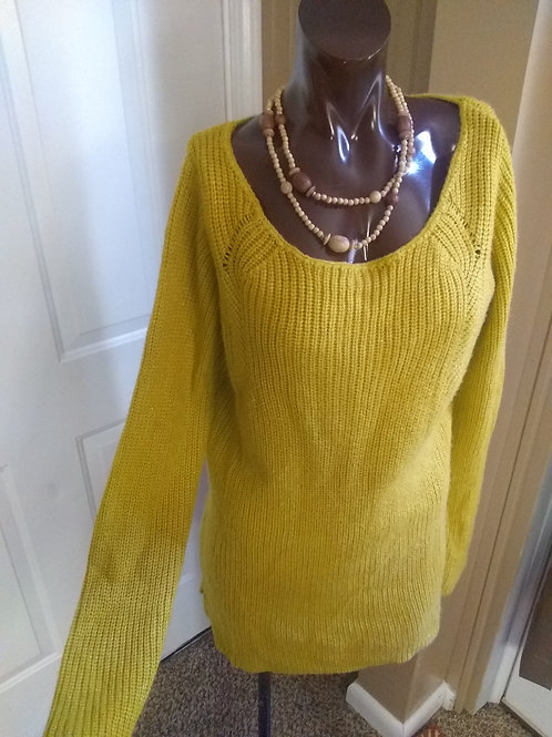 Vintage mustard yellow sweater (L)