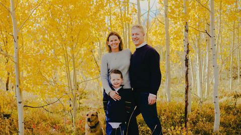 outdoor woods family photographer.jpg
