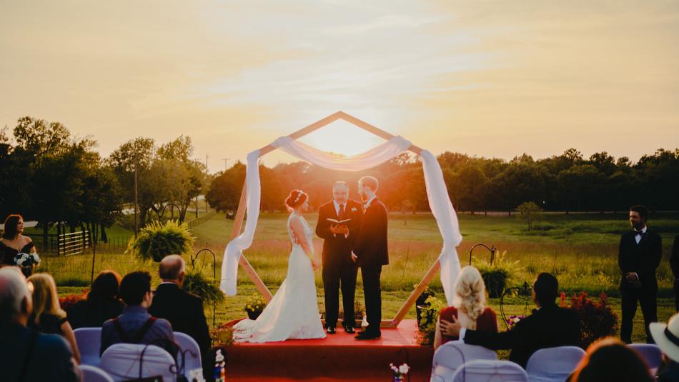 Wedding altar photography.jpg
