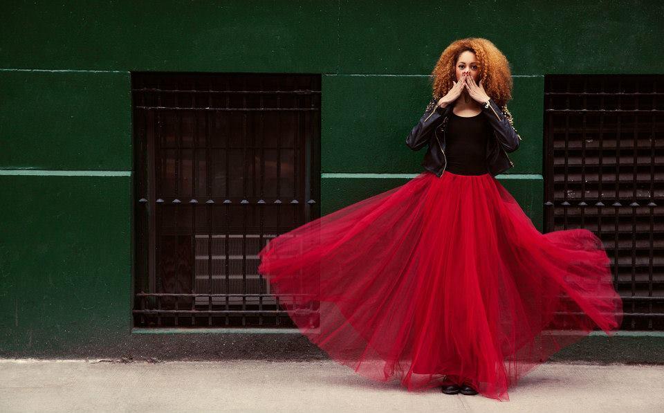 maquilleuse beauté effets spéciaux mode magazines films clips pubs coloré couleurs artistique bodypa