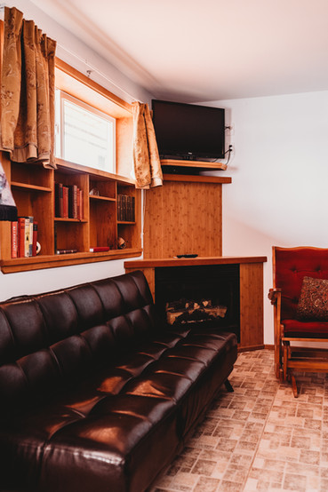 Room 214 - Superior King Suite