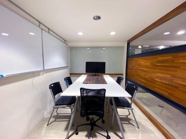 高雄101獨立會議室空間