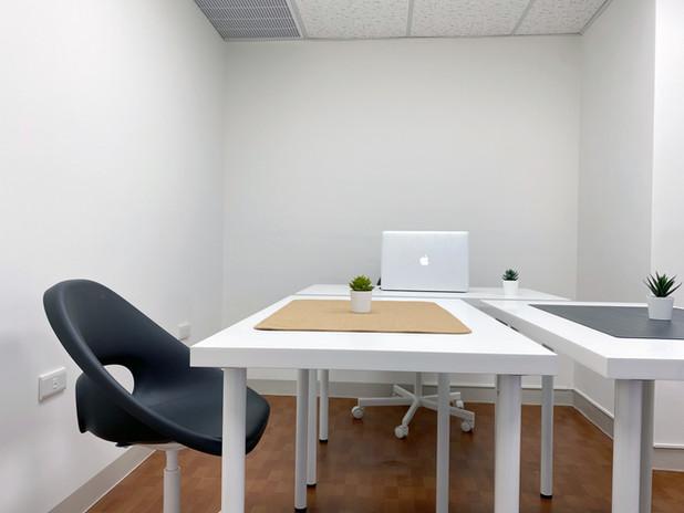 2-4人獨立辦公室