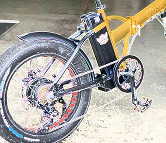 Motor and battery1.jpg
