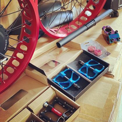 Ebik Rims & Pedals.JPG