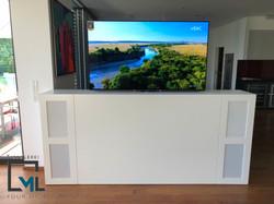 TV-Anrichte2