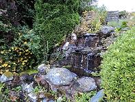 WaterFallInRockeryBroadacre2010.JPG