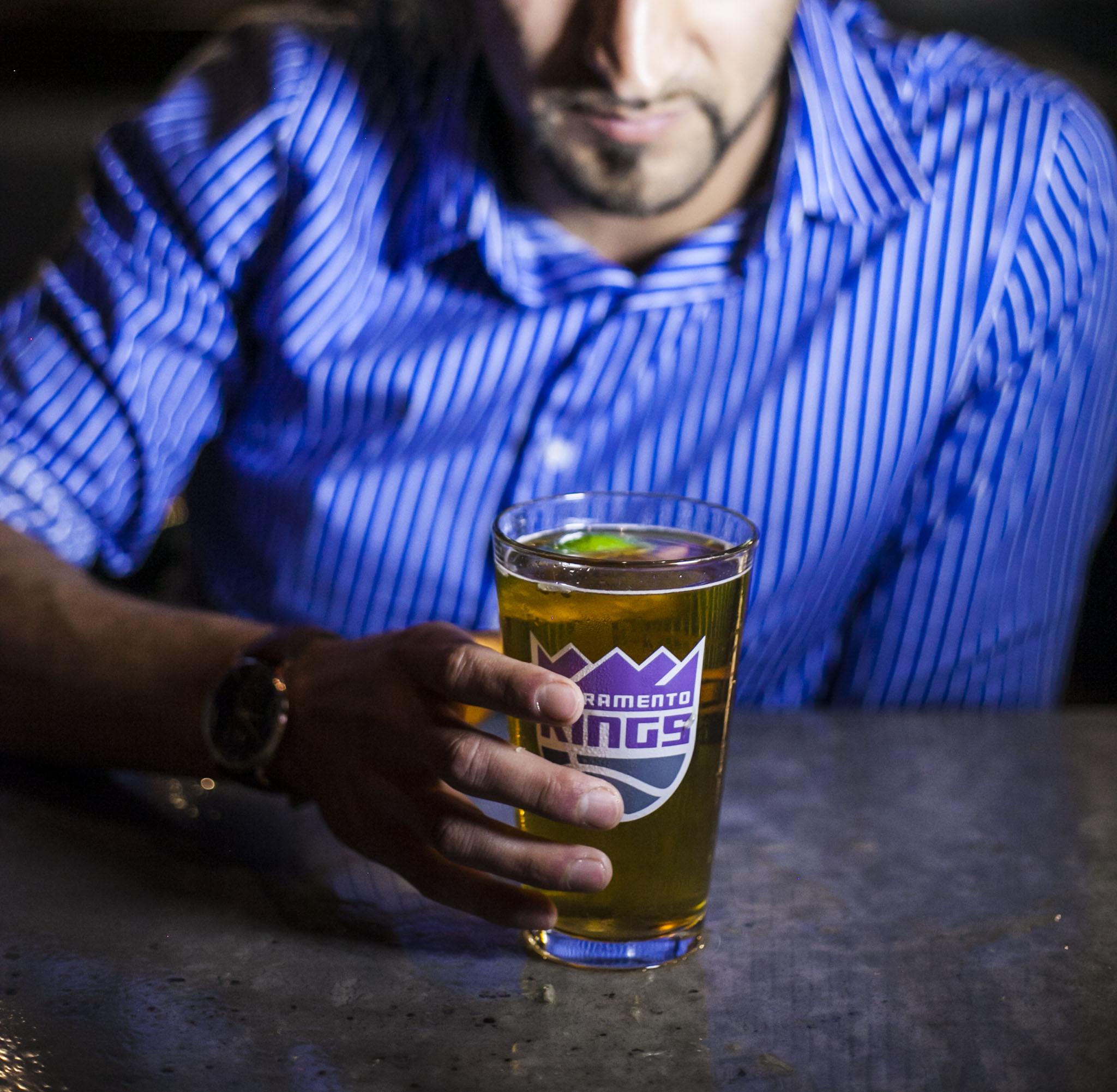 Florez Bar and Grill April 2017_39