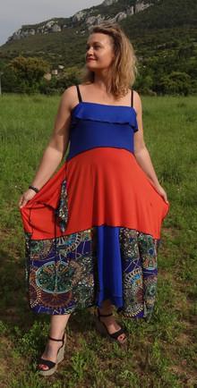 Robe longue bleu, orange et imprimé